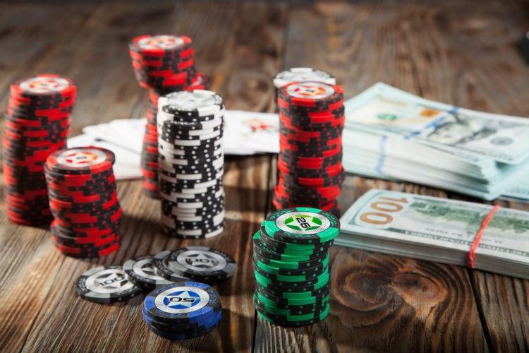 Заработок в покере